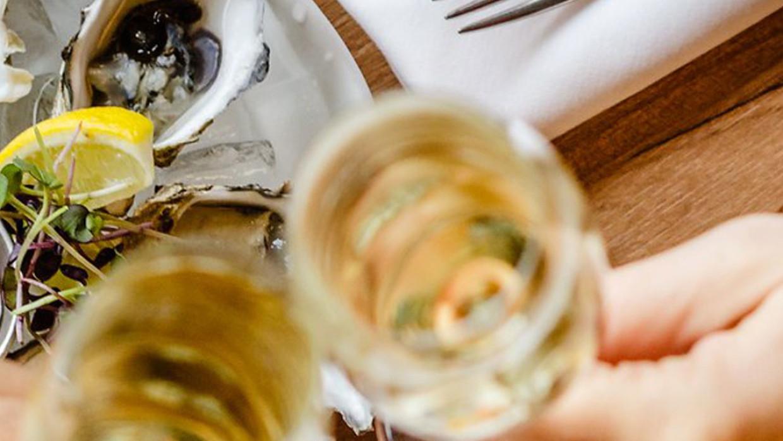 Ostriche, crêpes & Champagne